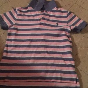 Boys polo shirt size 4T in excellent condition
